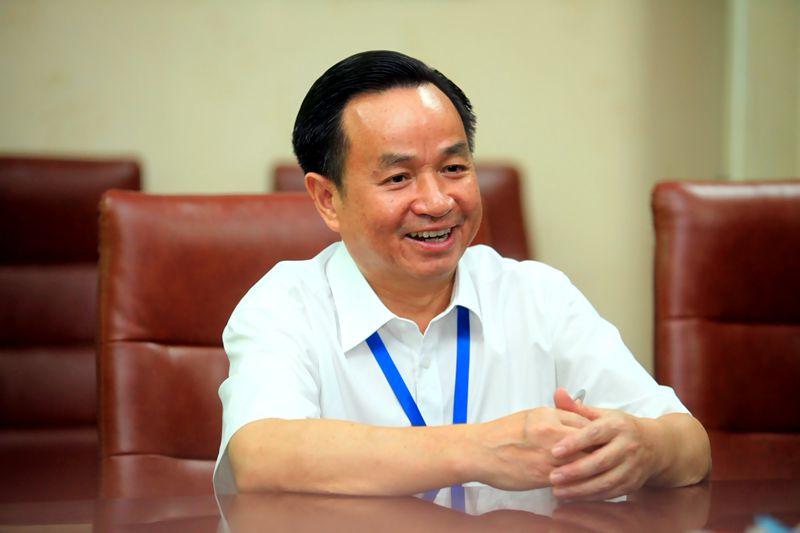 商界大佬|五星股份董事长胡广良:29年追逐太阳路上