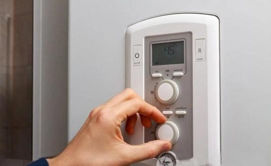 用户不敢开,企业卖不动,中央空调怎么了?