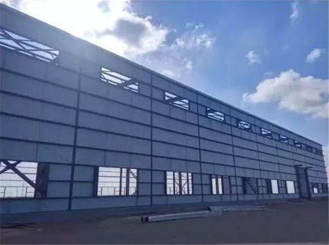 乌拉特100MW槽式光热发电项目第一阶段注油成功
