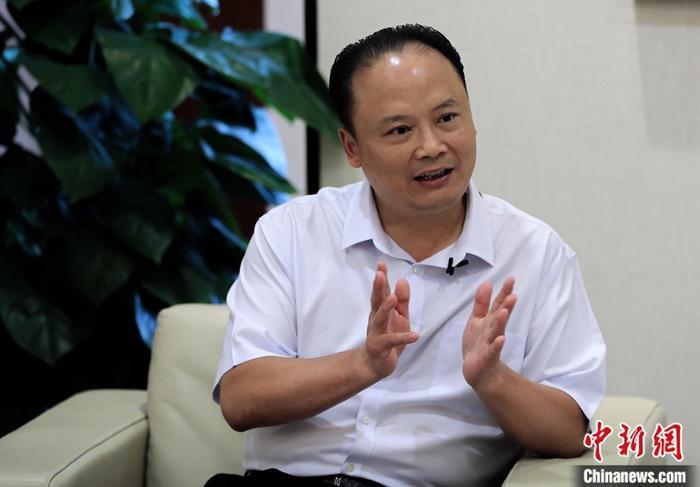 """通威刘汉元:见证中国光伏产业如何从""""旁观""""到""""领跑"""""""